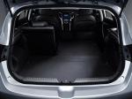 i30-6-_40-folding-rear-seats6a3b1
