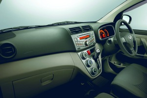 Interior_Audio with USB & Bluetooth_Painted Centre Cluster