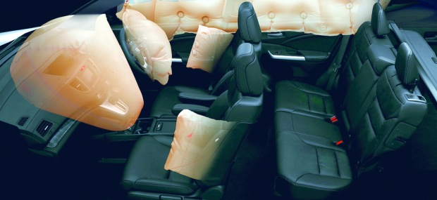 Dual Front SRS airbags and side airbags with Occupant Position Detection System (OPDS).