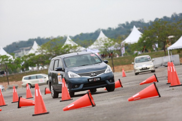 06 Nissan Safety Driving Experience_Accident Avoidance