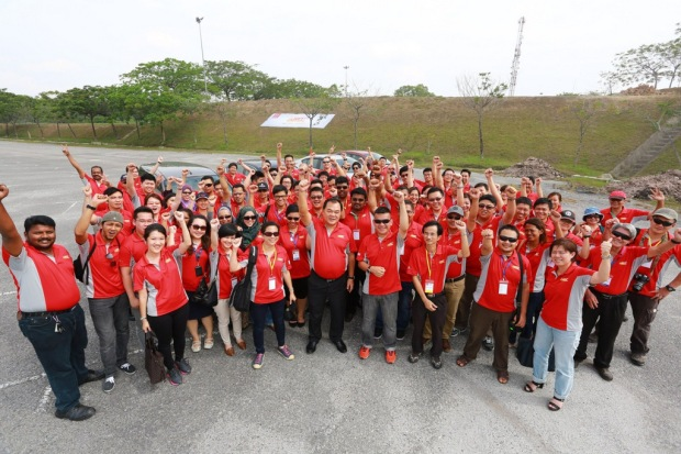 15 ETCM Wraps Up Nissan Safety Campaign 2014