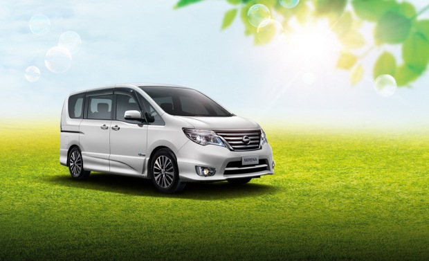 01 New Nissan Serena S_Hybrid CKD_With Background