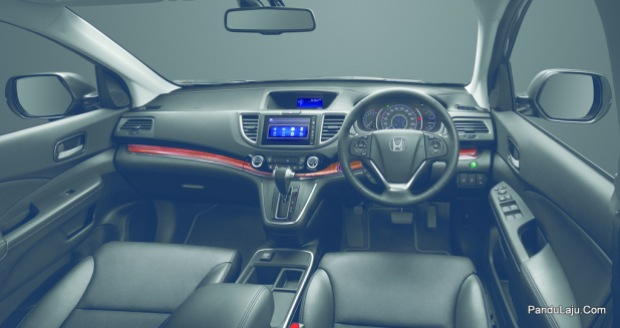 Interior of the New CR-V is completed with silver coating and chrome plating