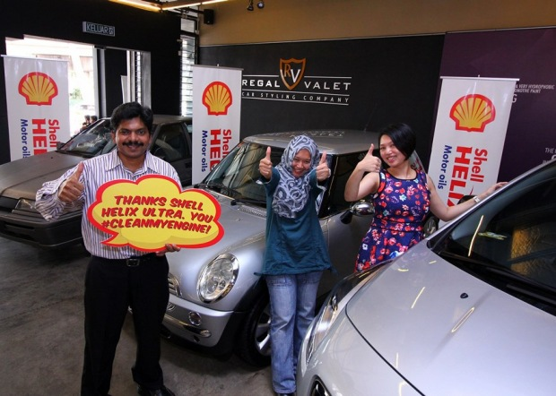 Happy Shell Helix #cleanmyengine contest winners Noel Kuppan, Faudzina Khamis and Lee Woei Lin