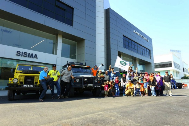 Landy De Langkawi participants in joyous mood at the flag-off ceremony hosted by Jaguar Land Rover Malaysia