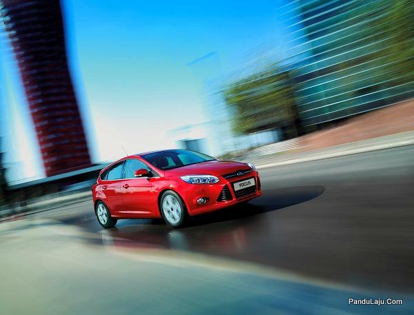 Photo 4 - Ford Focus (2)