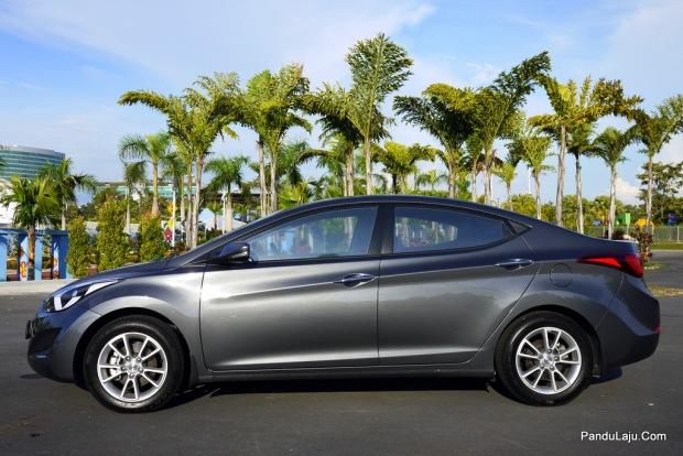 Hyundai Elantra Fecelift - Pandulaju.com