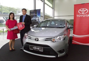 WOW 02_Ms Hei Lay Tin from Johor Bahru with her Vios J (AT)