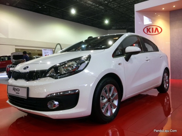 Kia-Rio-Sedan-Pandulajudotcom-07