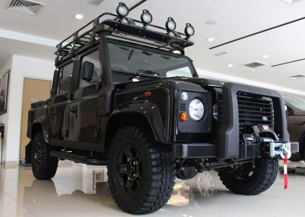 Land_Rover_Defender_Edisi_Terhad_pandulajudotcom_01