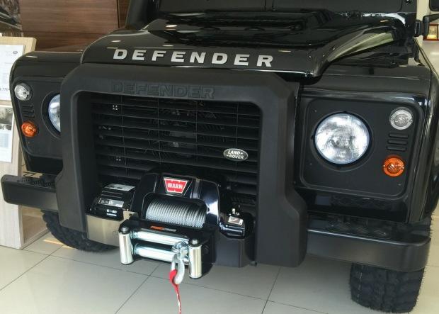 Land_Rover_Defender_Edisi_Terhad_pandulajudotcom_06