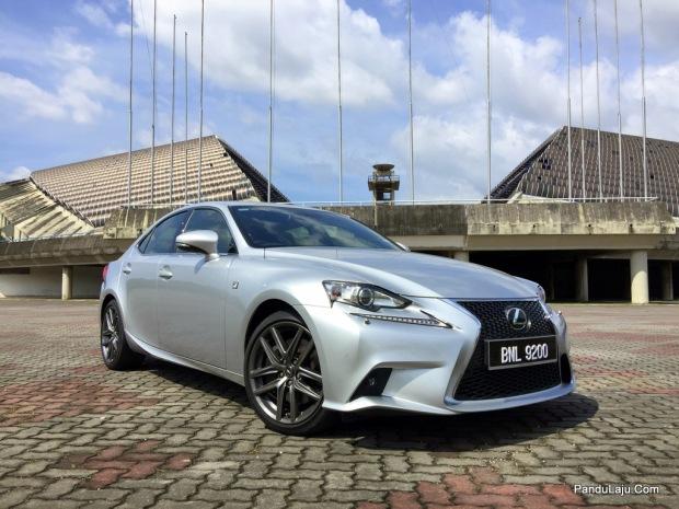 Lexus_IS_200t_F_Sport_Pandulajudotcom_01
