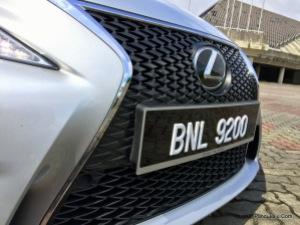 Lexus_IS_200t_F_Sport_Pandulajudotcom_04