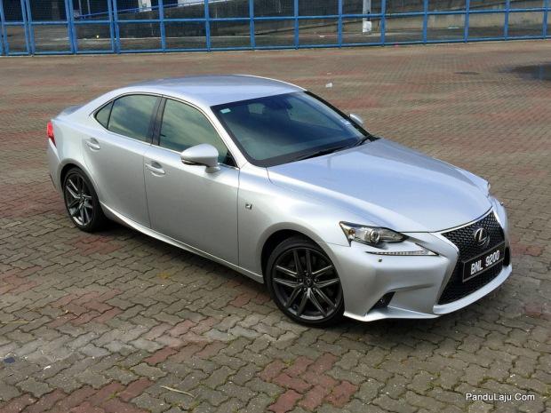 Lexus_IS_200t_F_Sport_Pandulajudotcom_30